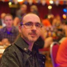 Darren W Pearce